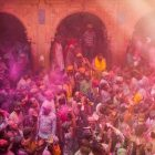 India Photo Tour, Holi Fest - azgezmis.com
